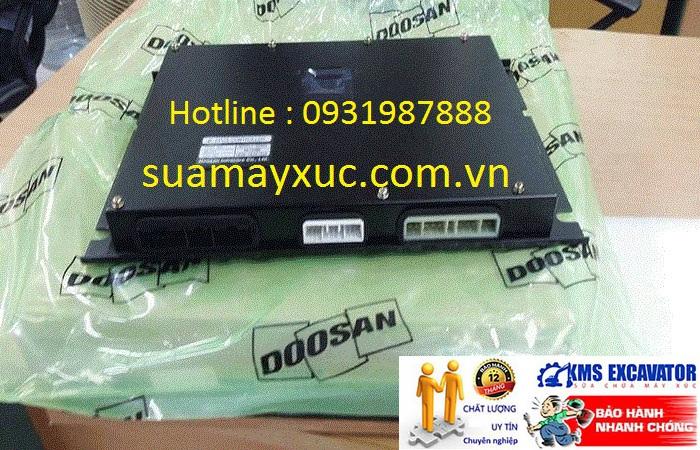 Hộp đen máy xúc Doosan DX140w